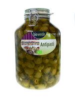 Grüne Oliven mit Mandeln, lose in Öl